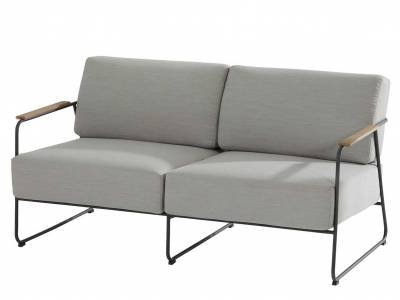 4 Seasons Outdoor Coast 2,5-Sitzer Sofa, Arml. Teak Aufsatz, inkl. 4 Kissen