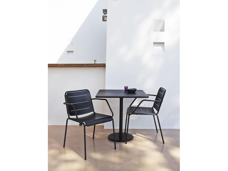 cane line copenhagen gartenstuhl mit armlehne lava grau gartenm bel hamburg shop. Black Bedroom Furniture Sets. Home Design Ideas