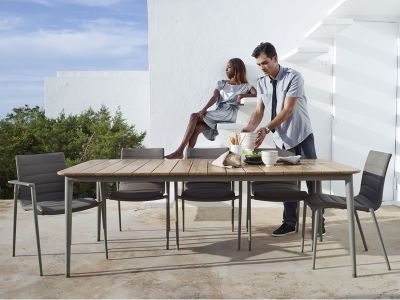 Cane-line Core Gartenstuhl mit Armlehne, stapelbar, grau