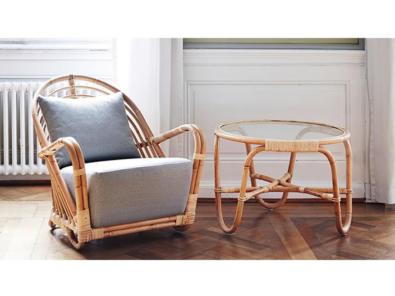 sika design icons charlottenborg tisch mit glasplatte designed by arne jacobsen gartenm bel. Black Bedroom Furniture Sets. Home Design Ideas
