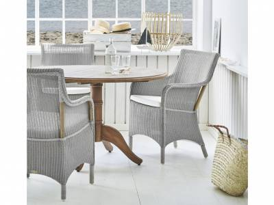 Sika Design Loom Living Marie Sessel,mit Armlehnen, Light Grey, inkl. Kissen